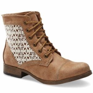 NWOT SM New York Effie Tan Ankle Bootie Love Lace
